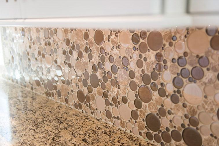 The Circular Gl And Tile Backsplash Really Is Eyecatching A Great Way To Mirror Port Hole Give Feeling Of Ocean Inside